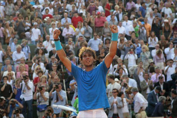 "Wimbledon, ""el jardín"" donde Federer se proclamó campeón en seis ocasion..."