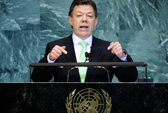 El primer viaje internacional que Santos realizó como presidente de Colo...
