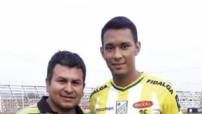 Futbolista boliviano fue declarado con muerte cerebral tras una cirugía de hernía de disco