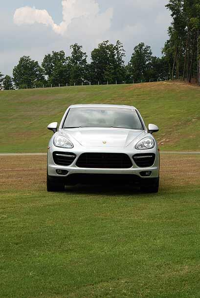 Los ingenieros y diseñadores de Porsche pusieron total énfasis en brinda...