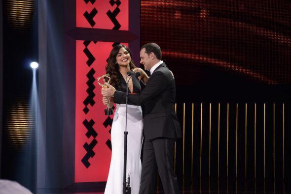 Una de las grandes sorpresas de la noche fue el premio que recibió Aleja...