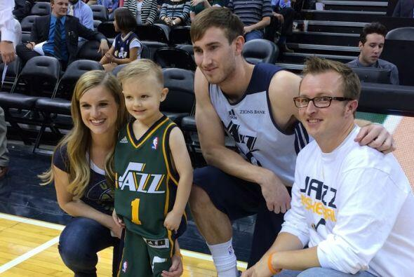 El pequeño fanático estuvo acompañado  en todo momento  por sus padres,...