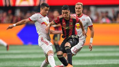 ¿De rojinegro a rojiblanco? Miguel Almirón dejaría al Atlanta United para sumarse al Arsenal en invierno