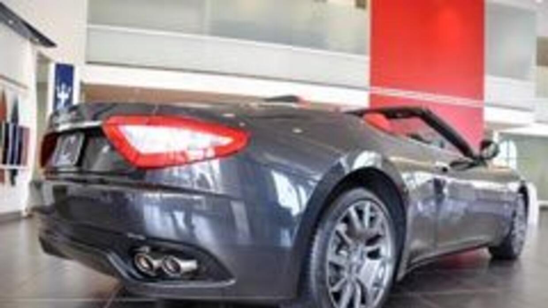 Maserati GranTurismo Convertible 9523afd8a1c846fbbde8c1368dad23f6.jpg