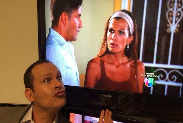 """""""¡Esa es mi viejaaaaaa ! @cristy_bernal ¡Así se enoja en la vida real! J..."""