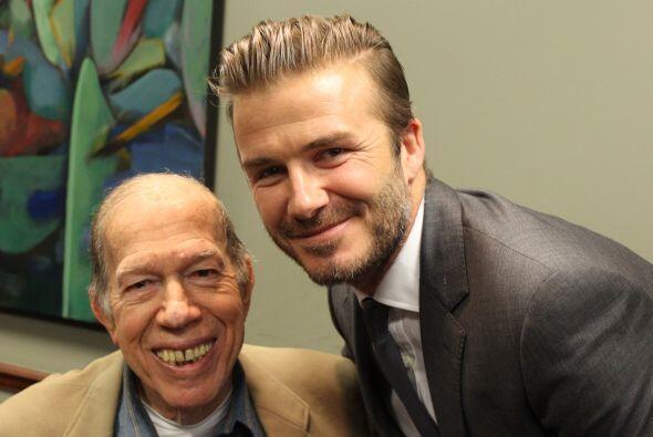 Beckham y Armando Pérez Roura, director de Radio Mambí 710 AM