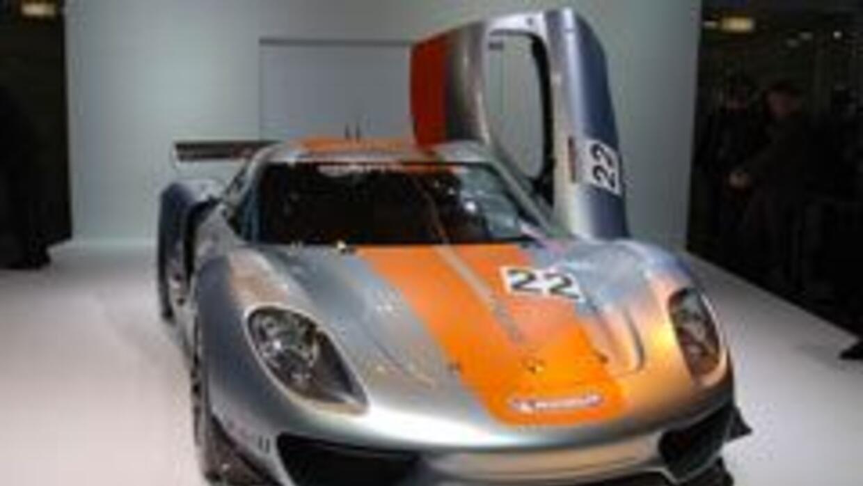 Porsche 918 RSR, sorpresivo debut en Detroit