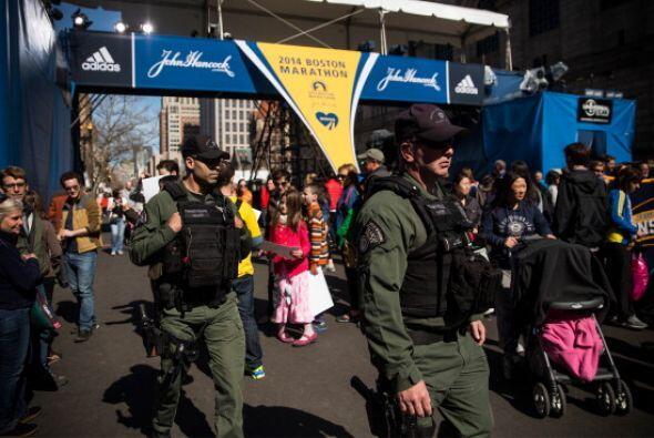 Serán 10,000 voluntarios frente a los 8,000 del maratón de...