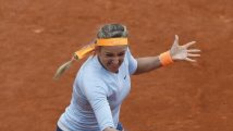 Azarenka impuso su rango de tercer favorita ante la rusa Vesnina.