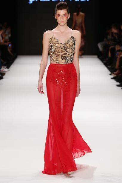 Las faldas largas con corte sirena no sólo te harán lucir muy elegante,...