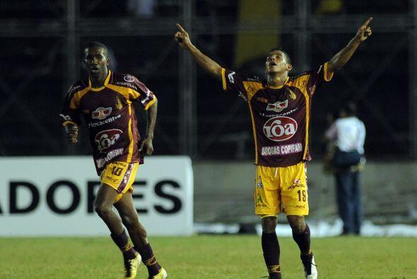 Los goles del Tolima fueron anotados por los colombianos Danny Santoya (...