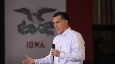 Romney hace campaña en Iowa.
