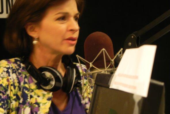 Ross, entrevistado por Helen Aguirre Ferré, anfitriona del popular progr...