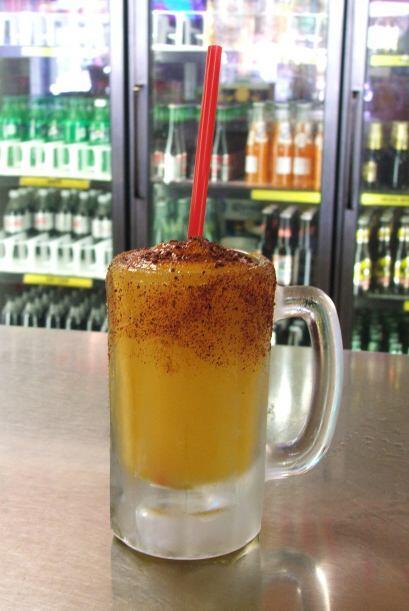 No. 5 Mango Lava, esta bebida lleva su nombre por un buen motivo. Y es q...