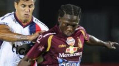Yimmi Chará, colombiano que está en la mira del América.