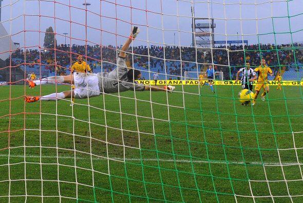Al minuto 76 un pequeño susto ya que el Siena se acercaba con un gol de...