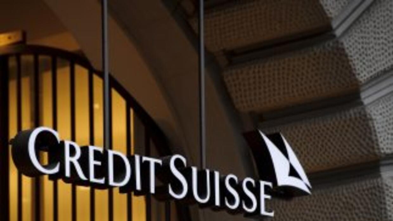 Credit Suisse aconsejó contratar a un representante en Suiza para los cl...