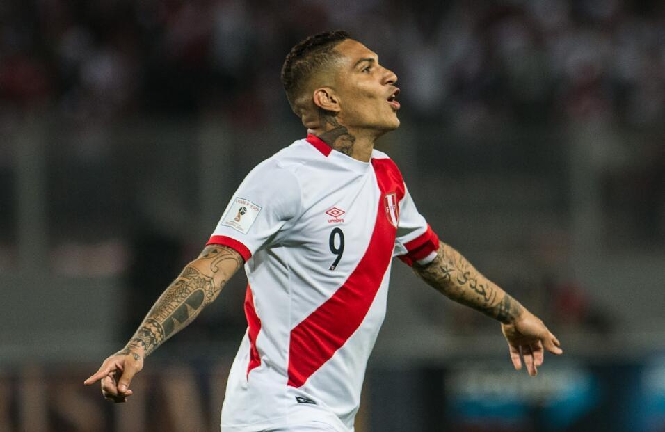 Brasileño Fred se ofrece al City y elogia a Guardiola gettyimages-860167...