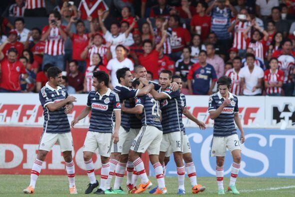 Por Chivas,  José Manuel de la Torre necesita soltar más a su equipo, co...