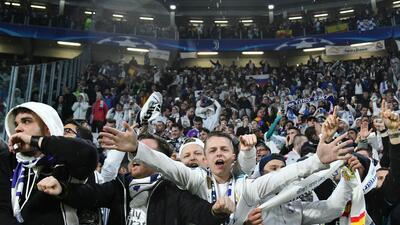 Ni la lluvia detuvo a los fanáticos para crear un marco espectacular en el Juventus vs. Real Madrid