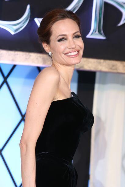 Angelina Jolie se queda en un punto intermedio de ganancias, entre los $...