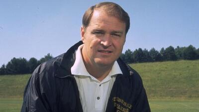 El legendario entrenador en jefe ganó cuatro Super Bowls con los Steeler...