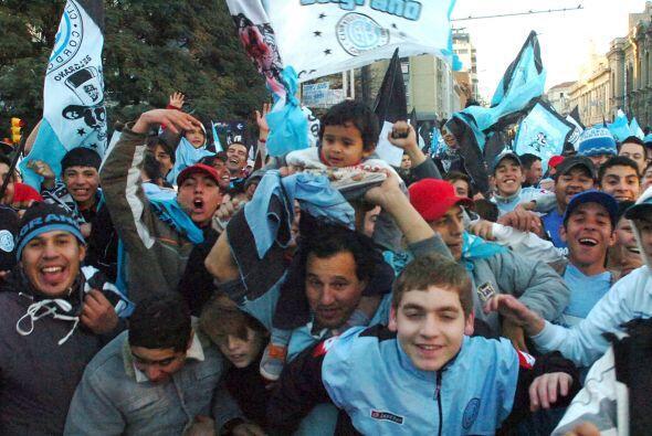 La imagen corresponde a la afición de Belgrano de Córdoba...