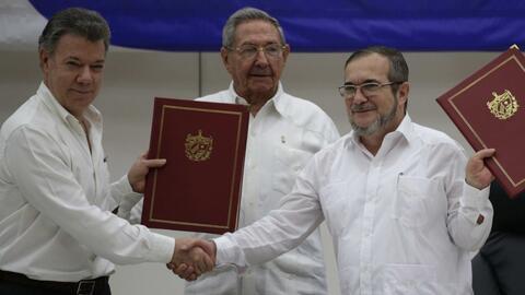 #EnUnMinuto: Colombia firma acuerdo de cese del fuego con las FARC