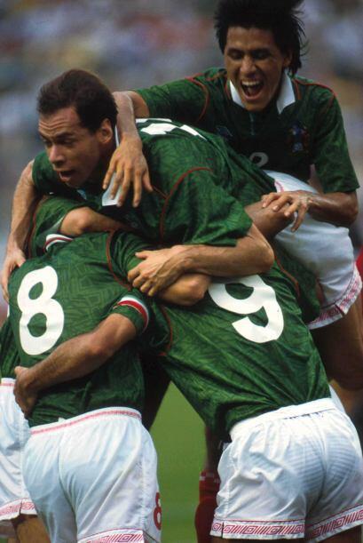 La primera vez que se vieron las caras México y Ecuador en Copa América,...