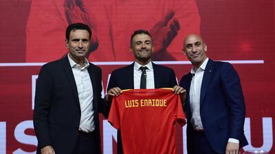Luis Enrique fue presentado oficialmente como el técnico de España