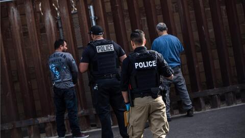 Acompañamos a un mexicano al que deportan por quinta vez