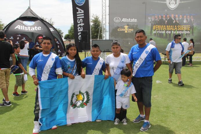 ¡Orgullosa afición guatemalteca dice presente!