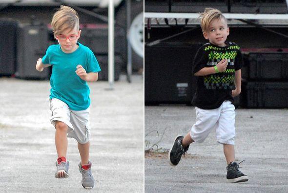 Los pequeños Matteo y Valentino acompañaron a su papi Rick...