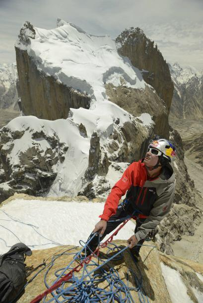 David además protagonizó una película sobre su escalada al imponente cer...