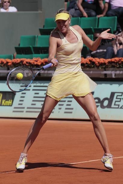 Sin embargo, Sharapova le devolvió de inmediato el favor, y volvió a hac...
