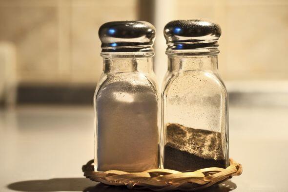 Crea un delicioso condimento para rellenar tu salero. Sigue esta fórmula...
