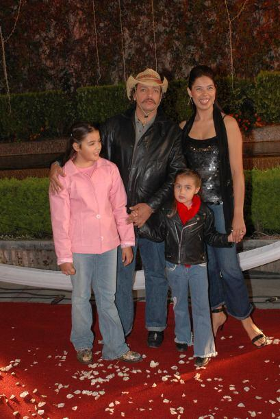 La esposa del actor (aquí con sus dos hijas en 2006) afirmó que era un a...