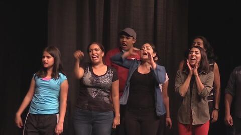 Obra de teatro muestra los estragos de la ley SB 1070 en la comunidad in...