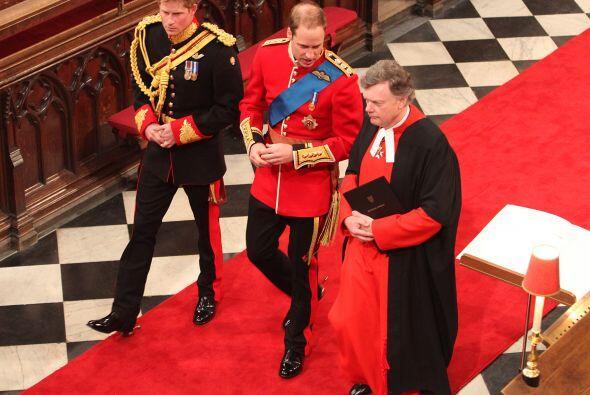 La llegada del Príncipe Guillermo a la Abadía era momento clave. En poco...