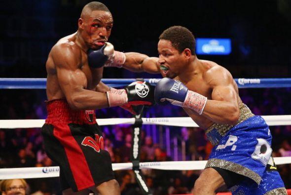 La pelea llegó a los 12 rounds y los jueces vieron: