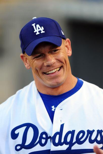 Cena es un aficionado a los deportes, pero más aún de los Dodgers de Los...