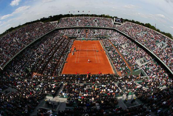 A reventar estaba la cancha principal del segundo Grand Slam del año.