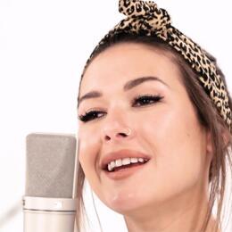 13 Canciones para recuperar el orgullo latino NELLA.jpg