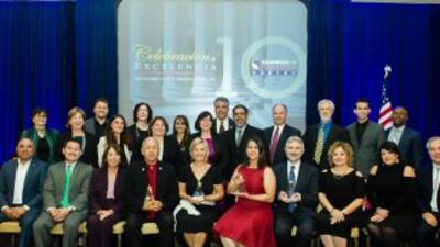 Representantes de los Ejemplos de Excelencia y los finalistas de 2015po...