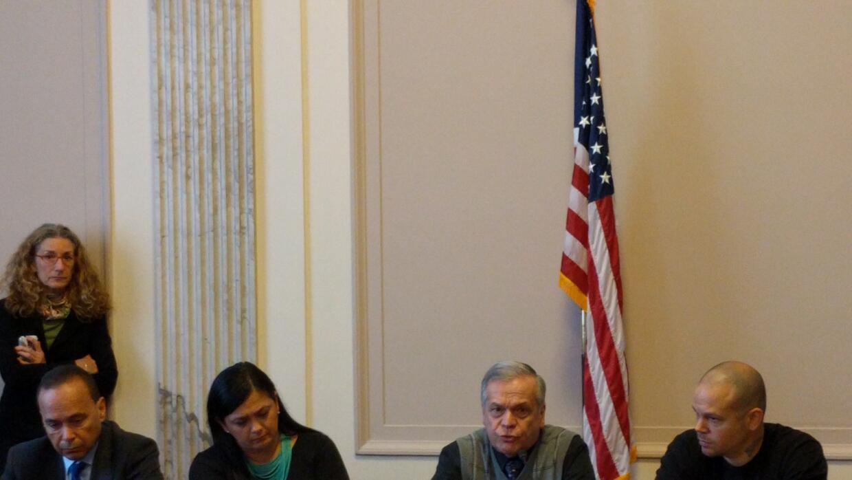 El hermano y la hija de Oscar López Rivera participaron en una reunión a...