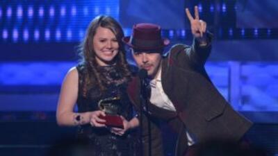 Jesse & Joy se llevaron cuatro premios Latin GRAMMY a casa.