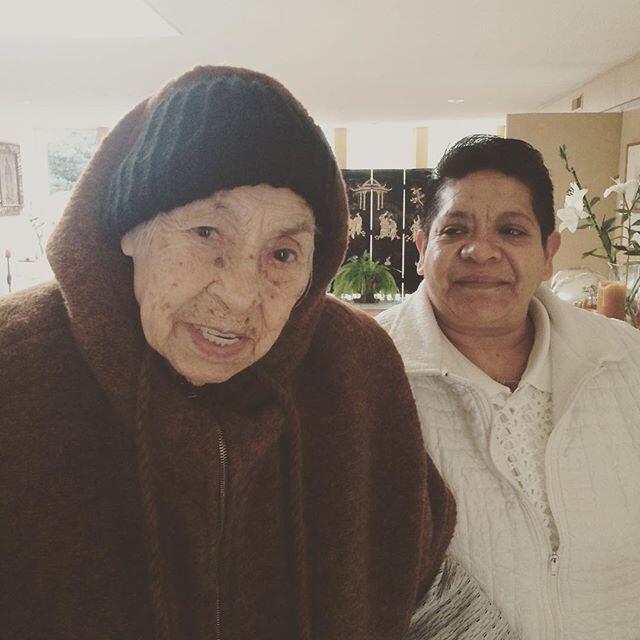 Thalía se reconcilia con su abuelita