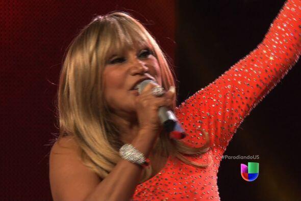 """La cantante es quien interpreta el tema principal de """"Parodiando""""."""