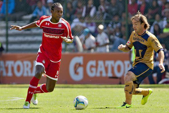 El Toluca es señalado como candidato al título pero en su debut no pudo...