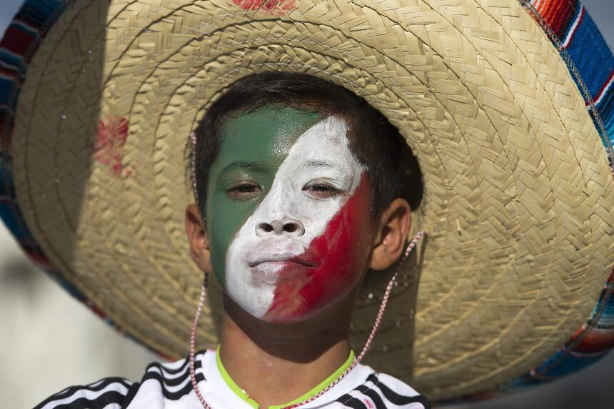 Aficionados mexicanos se dieron cita en el Estadio Rio Tinto de Salt Lak...